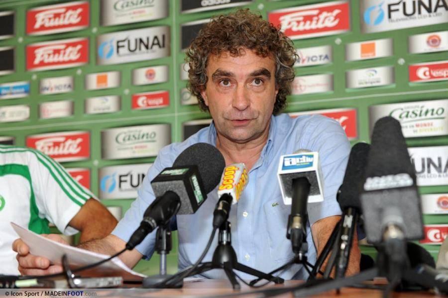 Dominique Rocheteau prône la stabilité dans le club.