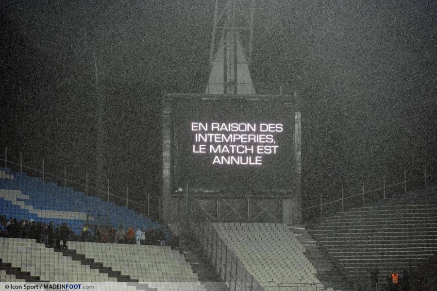 La rencontre entre l'AS Cannes et l'AS Saint-Etienne a été reporté