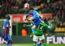 Florent SINAMA PONGOLLE  / Nicolas SEUBE - 10.12.2011 - Saint Etienne / Caen  - 17eme journee de Ligue 1