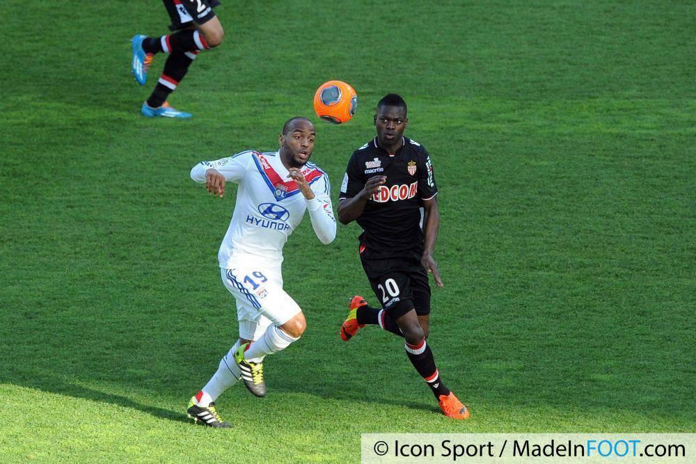 Isimat-Mirin devrait s'engager avec l'AS Saint-Etienne dans les prochains jours