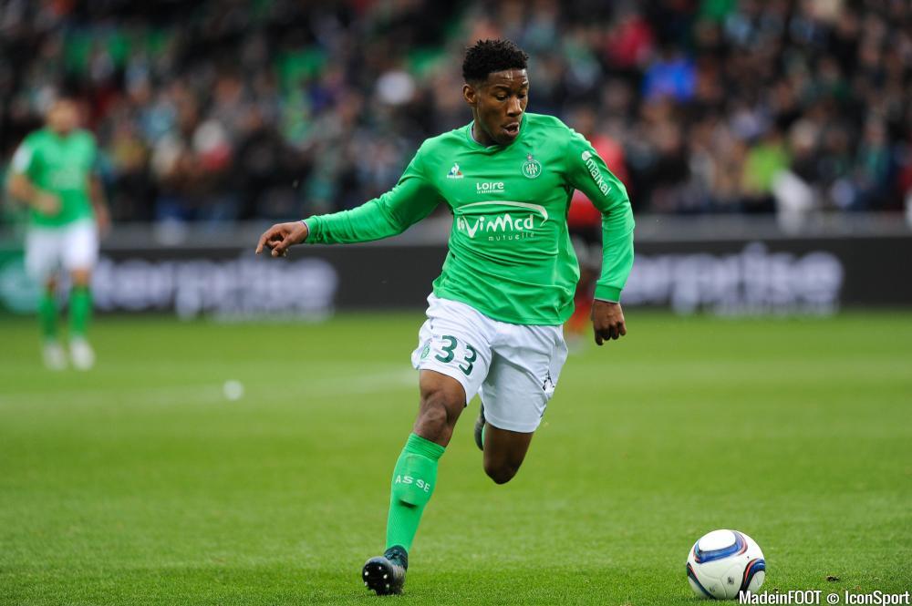 Ronaël Pierre-Gabriel aurait signé son premier contrat professionnel avec l'ASSE