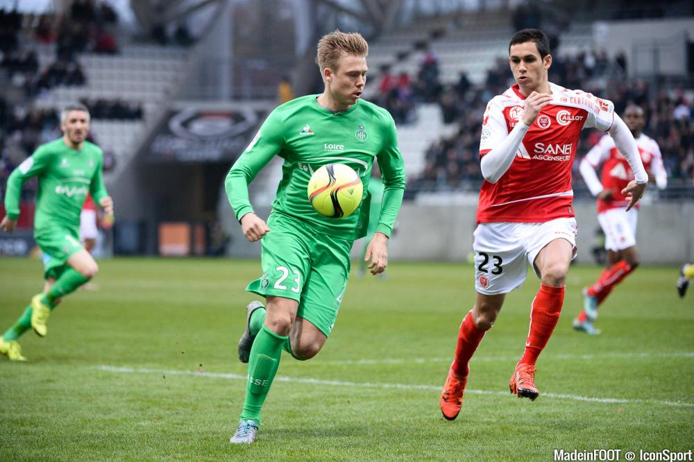 Aïssa Mandi (Stade de Reims) pourrait retrouver Alexander Söderlund à l'ASSE, la saison prochaine.