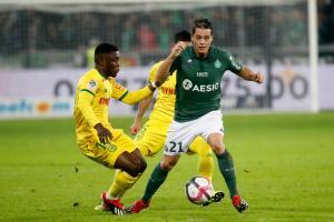 Romain Hamouma (ASSE) s'est blessé à l'épaule droite face au FC Nantes, vendredi soir.
