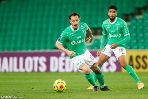 Mathieu Debuchy et Mahdi Camara contre Angers