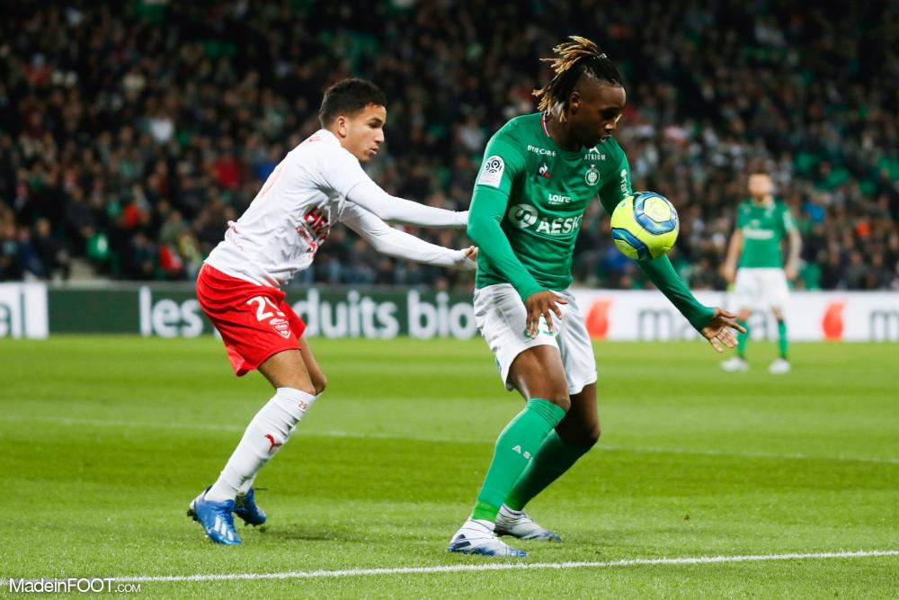 Charles Abi a prolongé son contrat à l'AS Saint-Etienne.