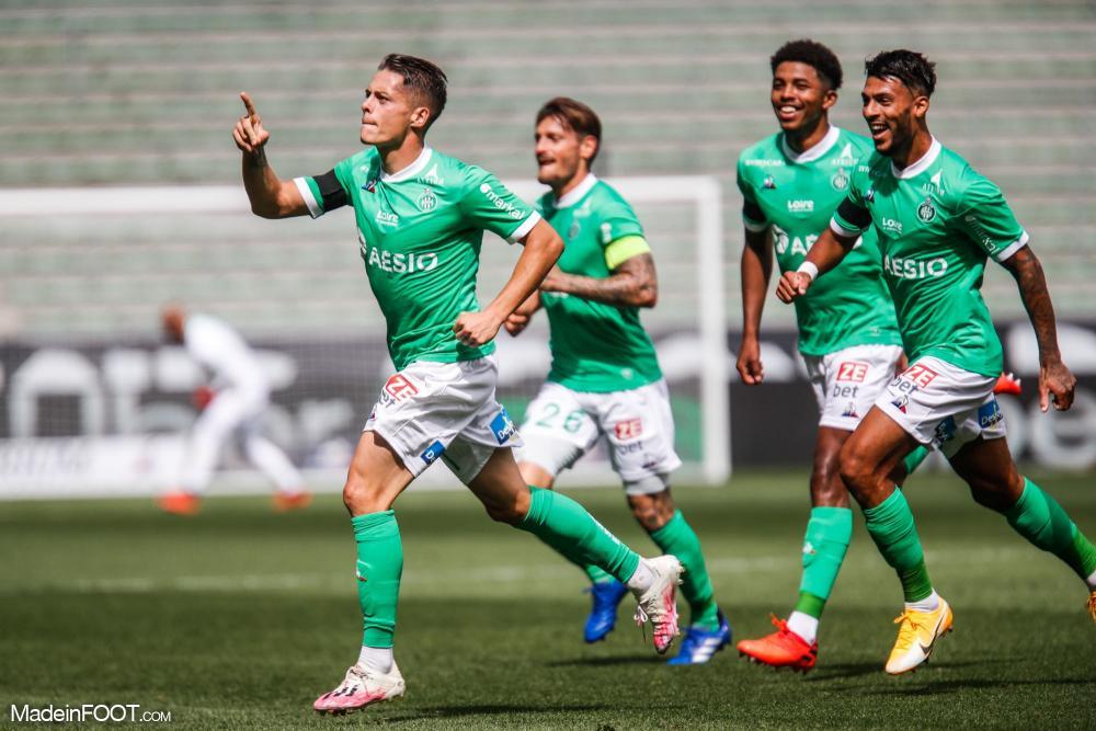 L'AS Saint-Etienne s'est imposée face au FC Lorient (2-0), ce dimanche après-midi en Ligue 1.