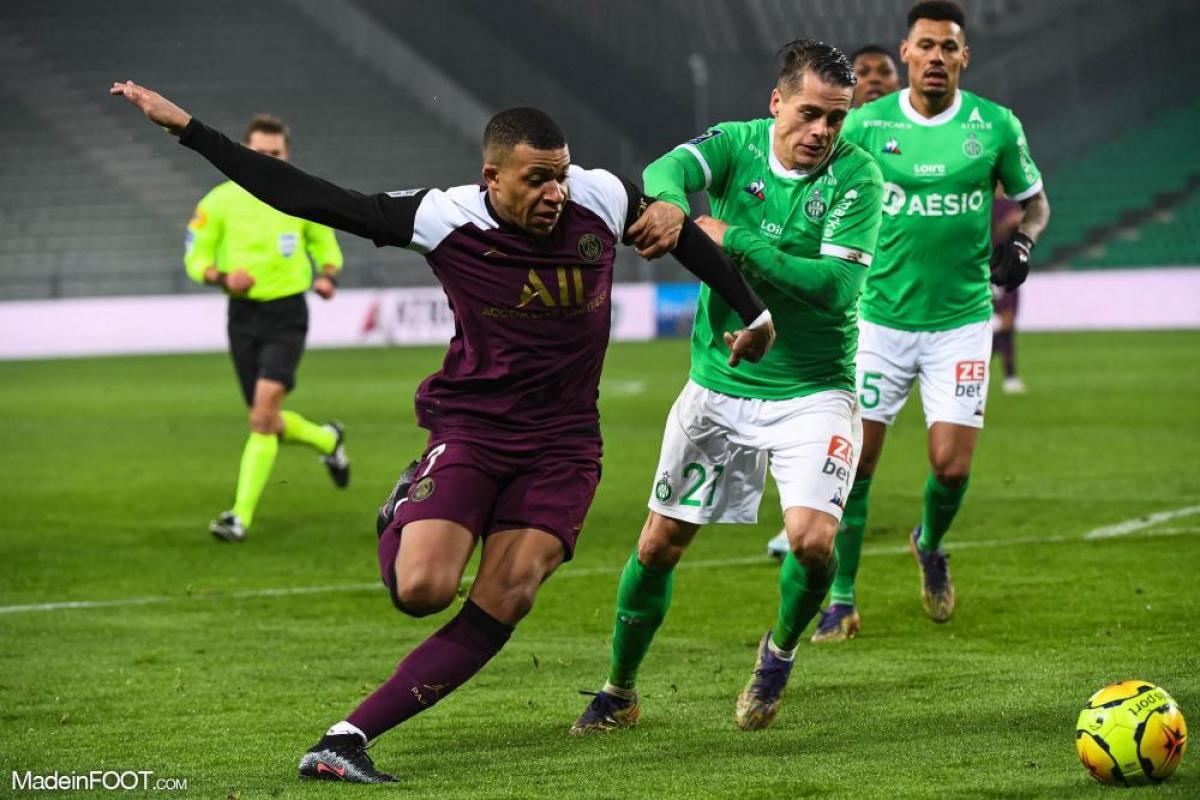 Romain Hamouma, l'attaquant de l'AS Saint-Etienne, est indisponible pour la rencontre face au Stade de Reims.