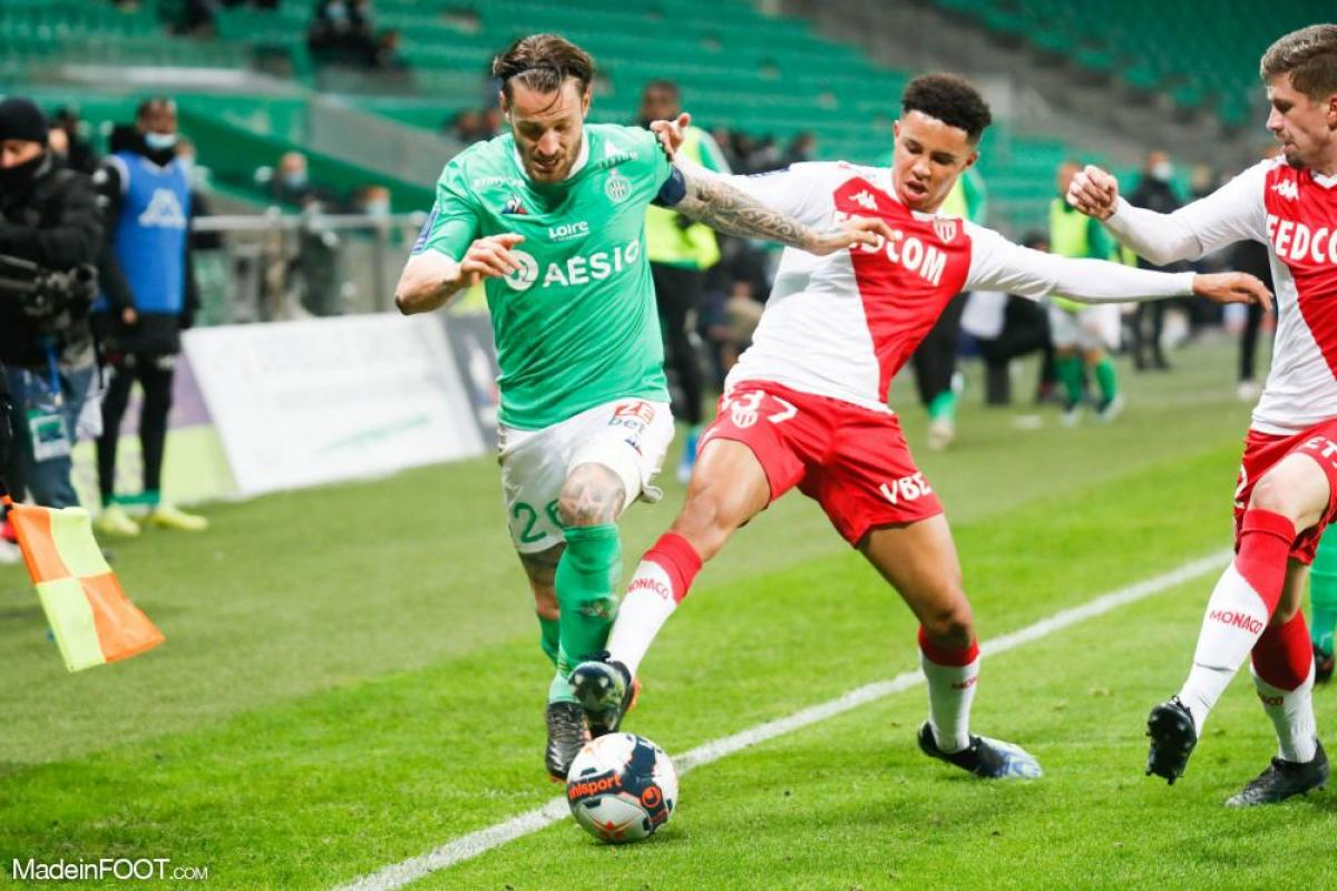 Mathieu Debuchy va quitter l'AS Saint-Etienne au terme de son contrat.