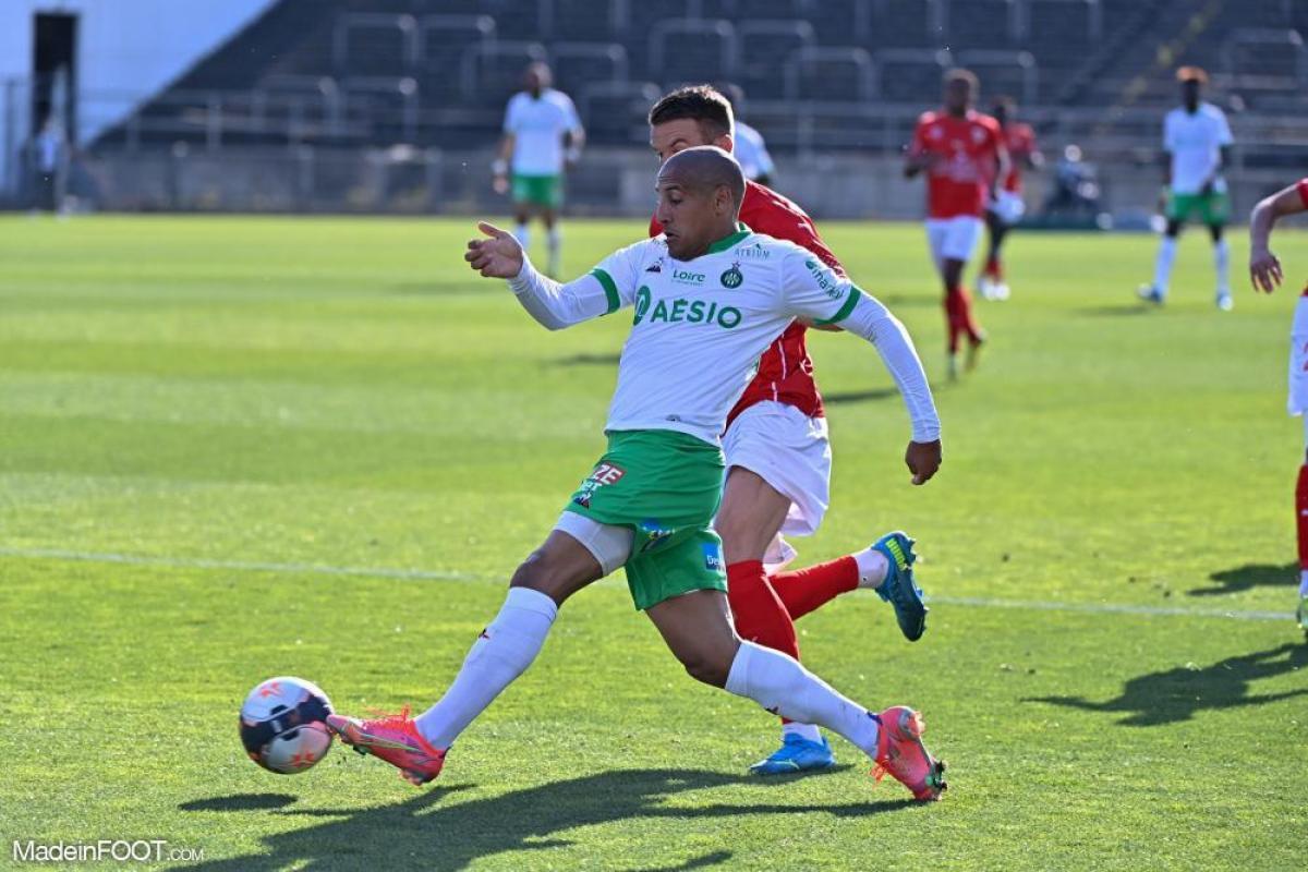 L'AS Saint-Etienne s'est imposée sur la pelouse du Nîmes Olympique (0-2), ce dimanche après-midi en Ligue 1.