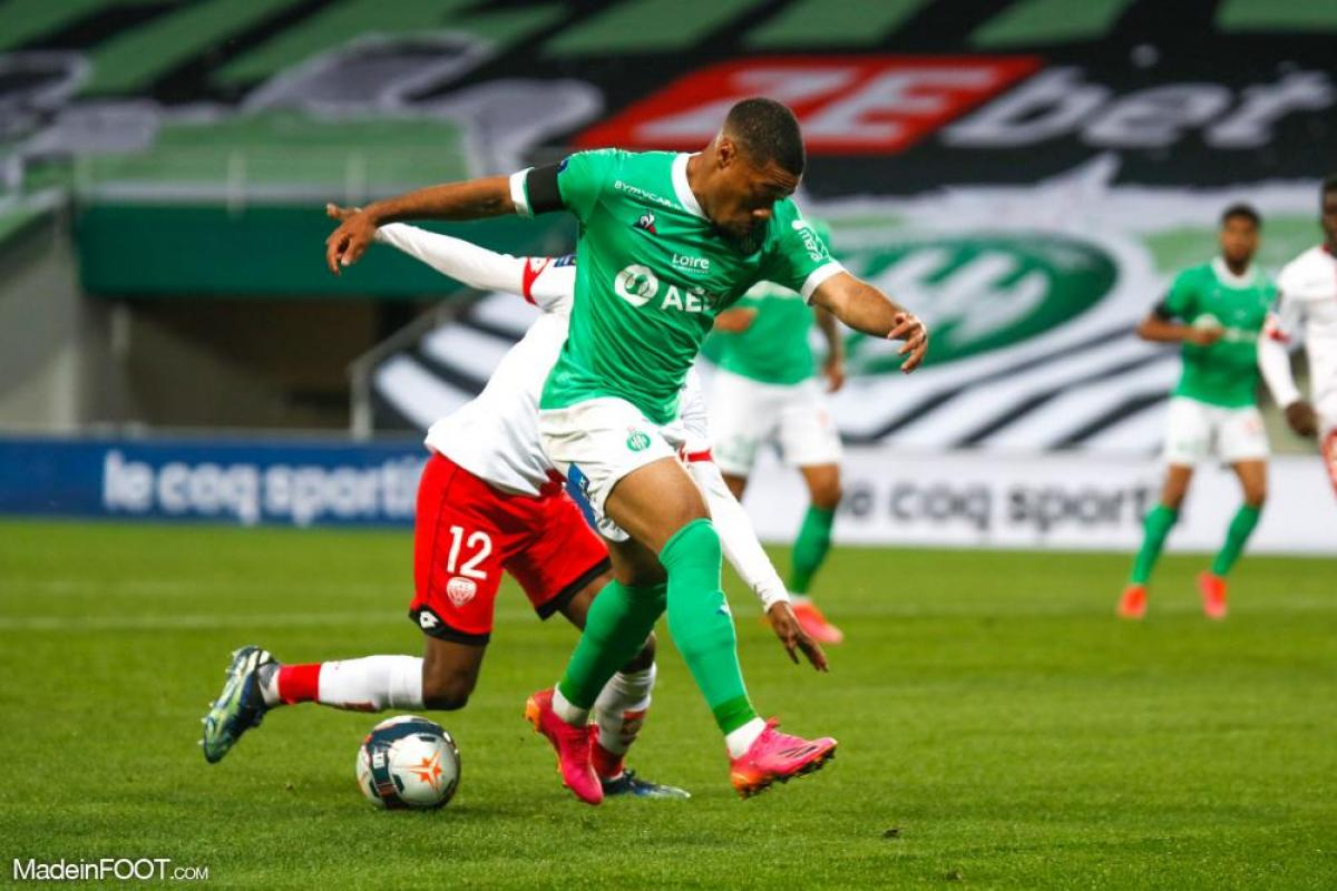 L'AS Saint-Etienne s'est inclinée face au Dijon FCO (0-1), ce dimanche soir en Ligue 1.